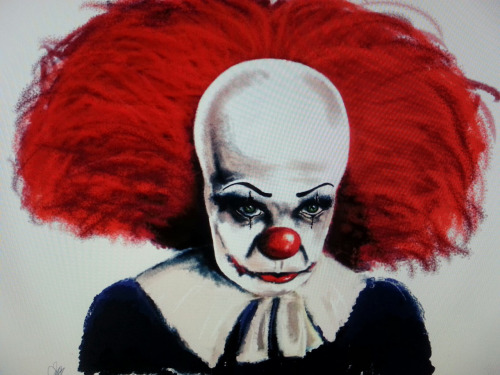 Clown piece almost done! pennywise influenced. I have now conquered my fear of IT. Now off to have nightmares…..  (pic taken on samsung galaxy S3)