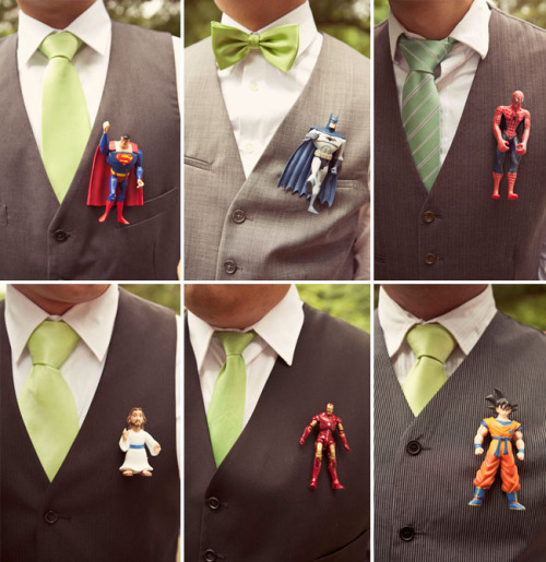 geekywedding:  Awesome geeky boutonnieres.   yup.