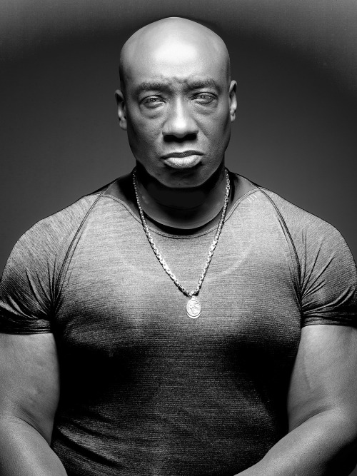 draculabiscuits:  dalandofmilkandhoney:  Michael Clarke Duncan R.I.P. December 10, 1957-September 3, 2012