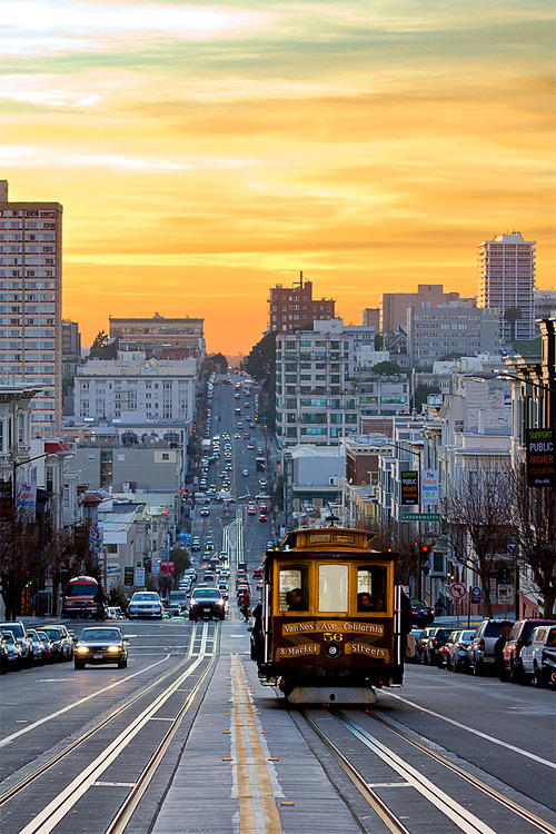 sanfrancisko:  Sunset Down California Street (NMB)