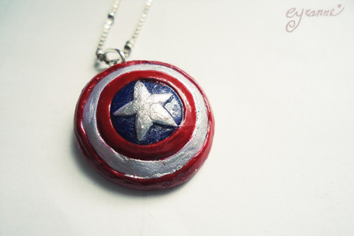 So two friends gave me the idea of making some avengers-related crafts, and I thought it was an amazing idea! Did I ever tell you I love The Avengers? My friends and I watched the 6 movies in one night haha. And I may have watched Iron Man 6 times…  — Available on Etsy here! https://www.etsy.com/listing/108526513/capitan-america-shield-pendant