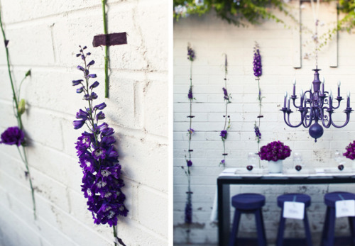 (via Anthology Magazine | Decorating | Flowers on the Wall)