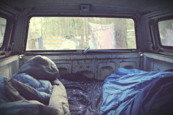 fire-onthe-mountain:  laughlikeyoureinlove:  To just sleep in a car like this, with your best friend or boyfriend and not worry because its just you two and tomorrow you're just going to climb out of bed and into the front of the car where you'll drive off. Another day on your road trip together, living, laughing, loving.  ^ favorite picture of my truck