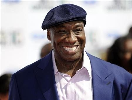michaeljosephcano:  thedailywhat:  RIP: Michael Clarke Duncan, At 54: Michael Clarke Duncan, Academy Award-nominated actor for The Green Mile, died this morning due to complications of a prior heart attack. He was 54.  [washingtonpost]  crys   Someone hold me