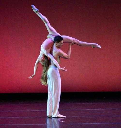 myswancostume:  Carla Korbes and Fabrice Calmels in After the Rain