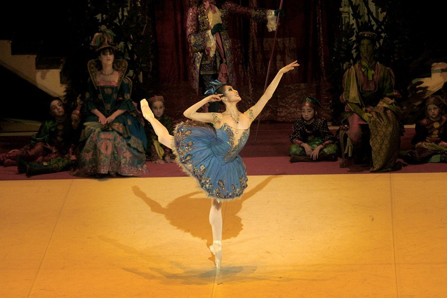 thedailyballet:  Hyo-Jung Kang in The Sleeping Beauty. Photo (c) Ullrich Beuttenmüller.