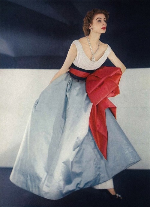 growhousegrow:  Color!  Via sisterwolf:  Jacques Fath by Horst P. Horst