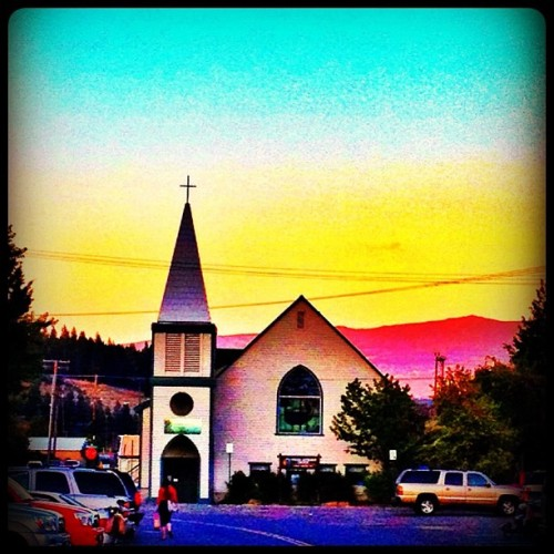 Truckee #church #truckee #california  (Taken with Instagram)