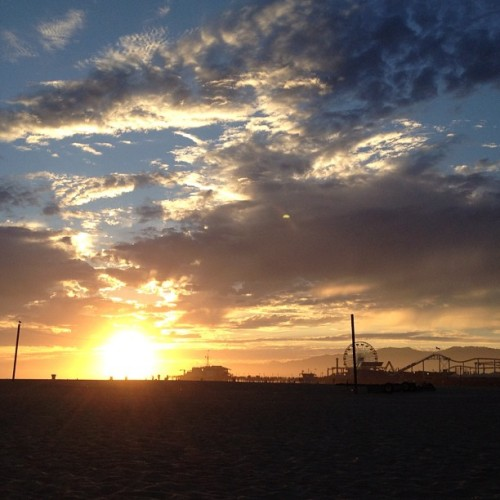 Tonight's #sunset in #santamonica #nofilter 😍  (Taken with Instagram at Santa Monica Pier)