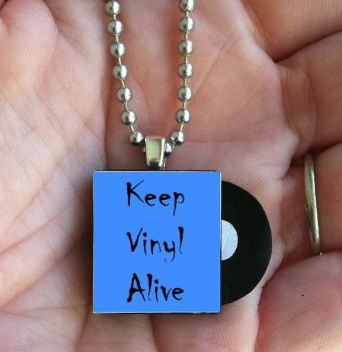vinylespassion:  Keep Vinyl Alive