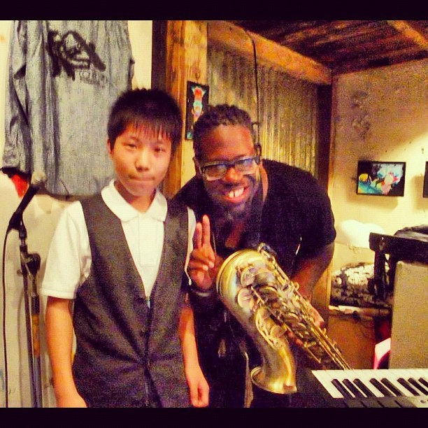 its always great to talk to the Future Jazz musicians.Meet @Mune_jazz (Dope pianist) . @GrassRootsSama (Yokohama,Japan) (Taken with Instagram)