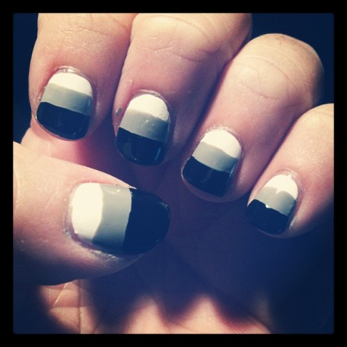 #notd: lined gradient! #nailart #nailartjunkie #monochrome #black #white #gray #nails #nailvarnish (Taken with Instagram)