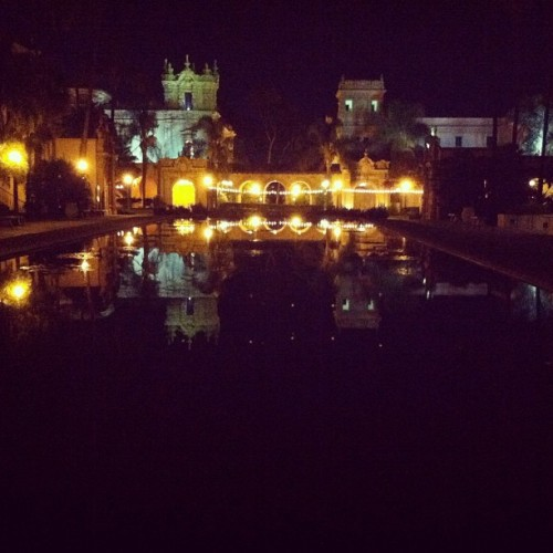 #building #lights #iphoneography #pond #landscape #sandiego #park #dark #night #nighttime (Taken with Instagram)