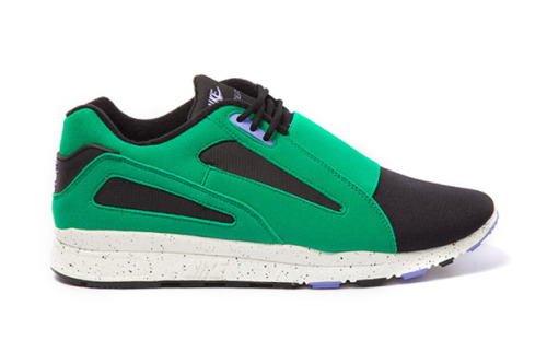 "Nike Sportswear Air Current - ""Stadium Green""  We're starting to see several sneak peaks at several silhouettes being re-done. Next is the Air Current in a totally new colourway, predominantly black with the ""Stadium Green"" panel and the speckled outsole with subtle hints of purple, this is a shoe for me that has everything in a colourway, detailing and silhouette that I go crazy for. The toe box and low top has been reintroduces more than 20 years after its original release. More colourways will begin to pop up in this model so keep an eye out. I will have to dig deep into my pockets for a pair of these."