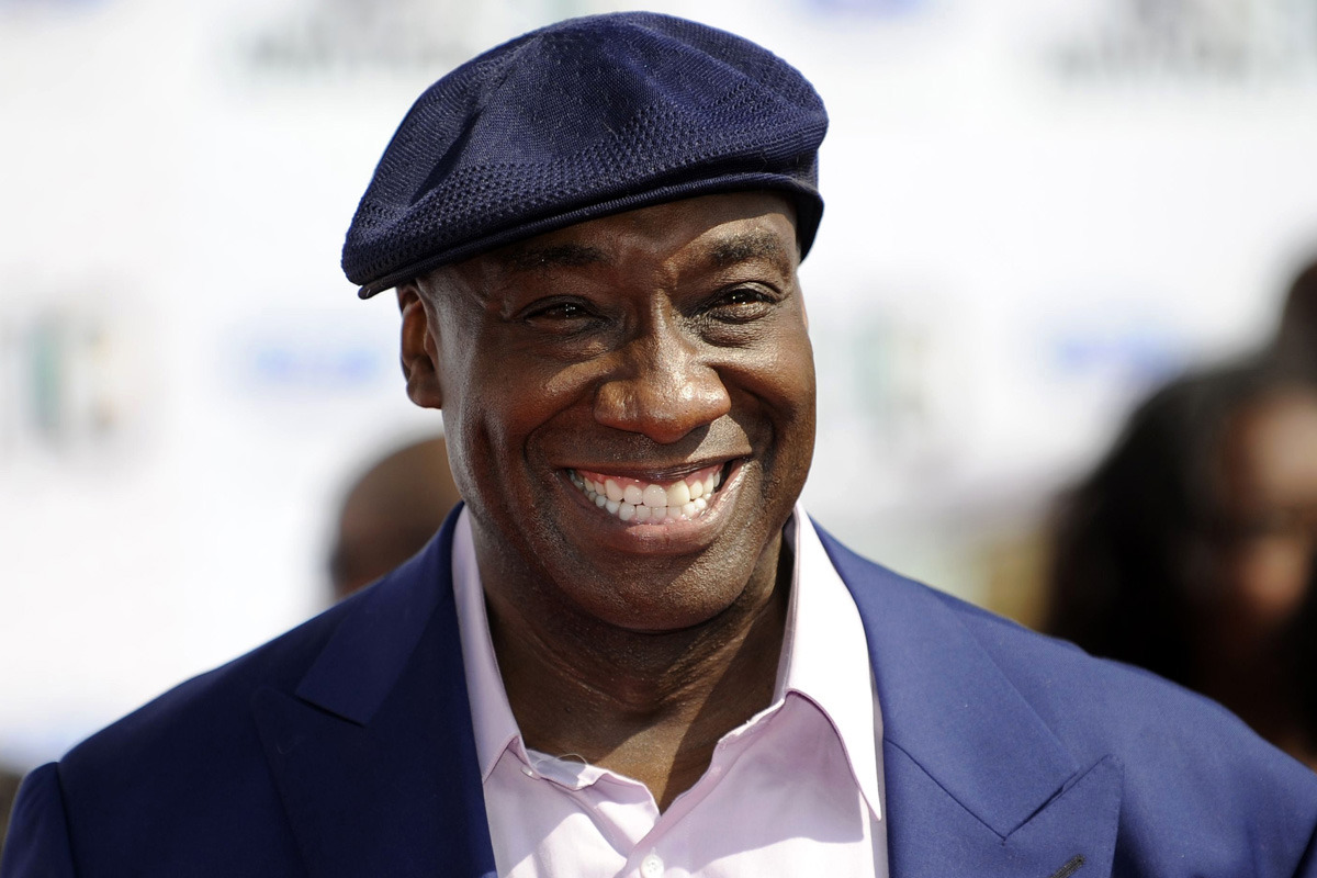 R.I.P. Michael Clarke Duncan: The Green Mile actor Michael Clarke Duncan has passed away yesterday due to heart complications. He was 54.  Actor Michael Clarke Duncan, the miraculous mountain of muscle in the Oscar-nominated film The Green Mile, died Monday in Los Angeles after a massive heart attack in July. […] The 6-foot-5, 325 pound actor appeared in dozens of films, including such box office hits as Armageddon, Planet of the Apes and Kung Fu Panda.