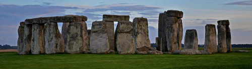 Stonehenge by mahoochma on Flickr.