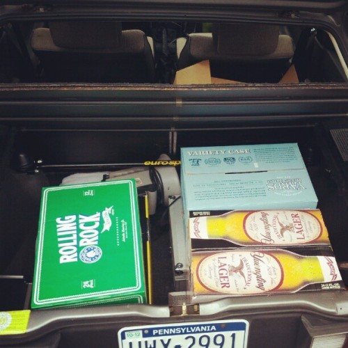 istaycalm:  All the beer for the Johnson Bros. Clothing launch!  #menswear #beer #accessories #free!   (Taken with Instagram)  Beer!!