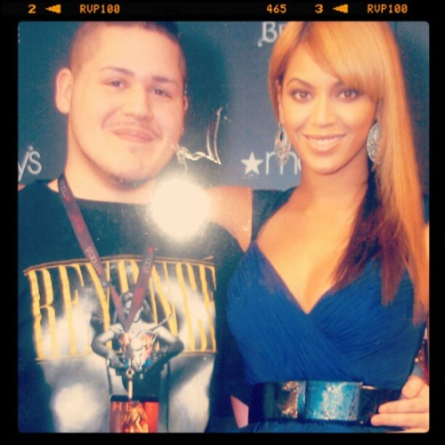 HAPPY 31ST BIRTHDAAYYYY TO MY #1 BEYONCE!!! LOVEE HER MUCHOO <3 (Taken with Instagram)