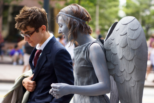 doctorwho:  Adorable 10th Doctor and Weeping Angel from DragonCon via reddit