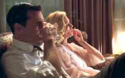 Jon Hamm & January Jones in Mad Men