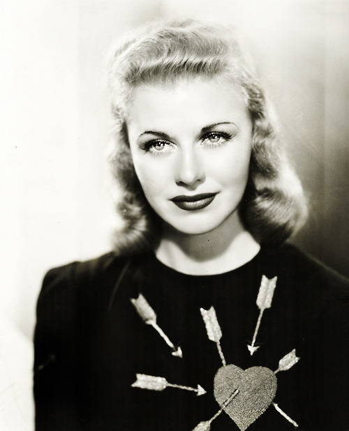 vintagegal:  Ginger Rogers photographed by John Miehle, 1938