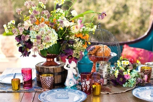 Tablescapes / Bohemian Beach on We Heart It. http://weheartit.com/entry/35894083