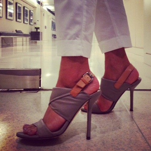 .@vfbeauty shows off her fabulous @DVF heels for #shoesday. Lookin' good! (Taken with Instagram at Vanity Fair Magazine)