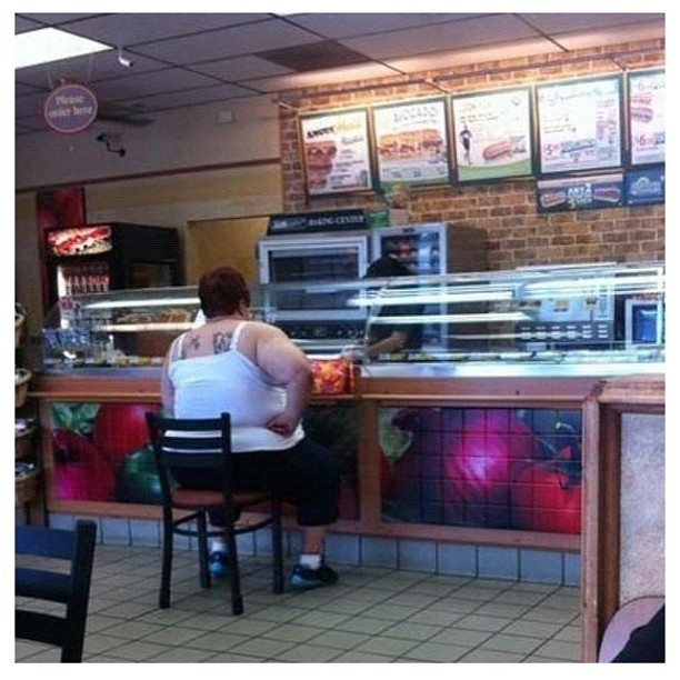 Eat fresh… #lmao #lol #funny #subways #nofilter #food #sandwich  (Taken with Instagram)
