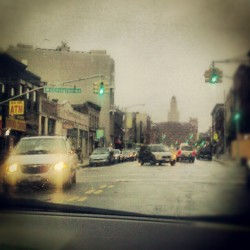 Coming Down Fulton, Man Rain Really Has A Calming Effect #Brooklyn #NewYorkCity #FultonStreet #ClintonHill #Driving #OntheRoad #WashingtonAvenue #WilliamsburghSavingsBankTower  (Taken with Instagram at Clinton Hill, Brooklyn, NY)