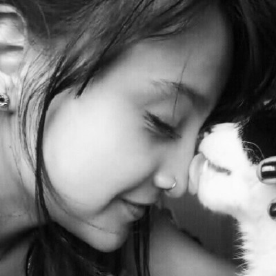 #Cat #Kiss #Pets #Love #Girl #Smile #Piercing (Tomada con Instagram)