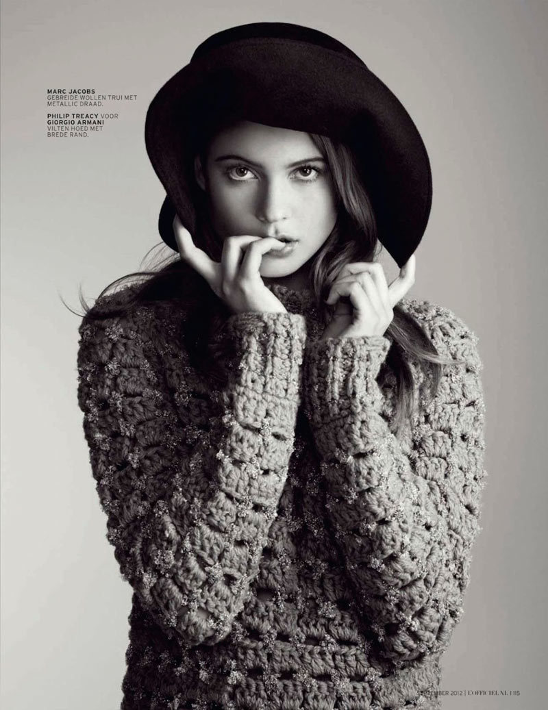 yourmothershouldknow:  Print Power L'Officiel Netherlands Septiembre 2012 Behati Prinsloo por Christian MacDonald. Estilismo de Dianna Lunt. ….. L'Officiel Netherlands September 2012 Behati Prinsloo by Christian MacDonald. Styling by Dianna Lunt.