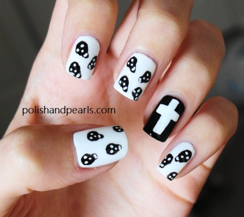 DIY Skulls Nail Art Video Tutorial from Polish and Pearls here. Really easy tutorial using nail art pens.