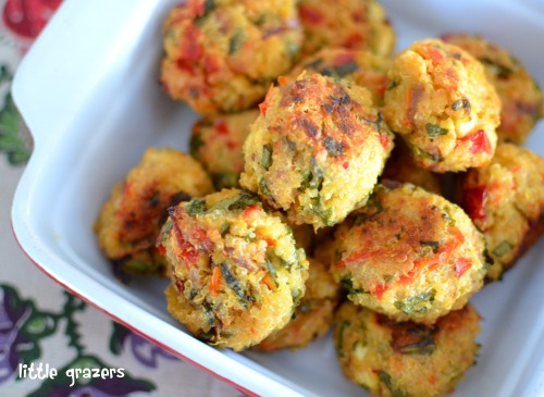 keeptonguetied:  Feta, Red Pepper and Spinach Quinoa Balls