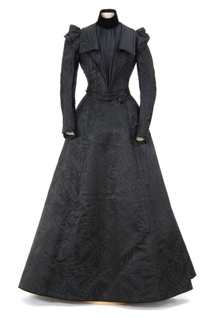 Dress ca. 1900 From the Minnesota Historical Society