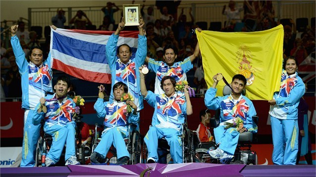 "Excellent !! Thailand take gold in the Mixed Team Boccia in London Paralympics 2012. Thanks for bring us ""second gold medal"".      \ \( ツ)/ /"