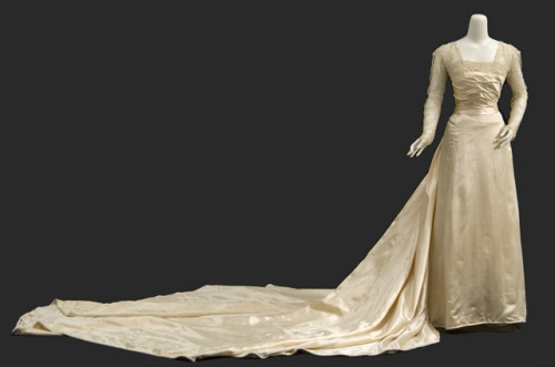 Wedding dress, 1913-17 From the Minnesota Historical Society