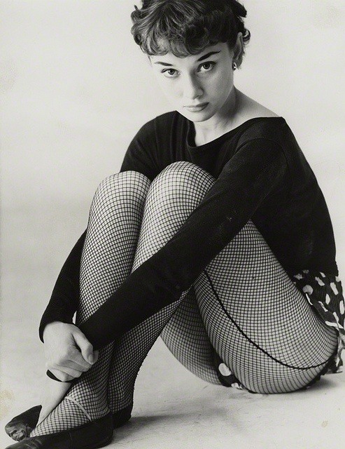 theniftyfifties:  Audrey Hepburn publicity for 'The Secret People', 1950.  Photo by Bassano.  Audrey was a hottie!  :)