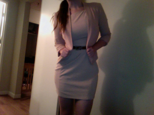 twentysomethinghussy:  I can look professional when I want to. Who wants to hire me?    I would! :)