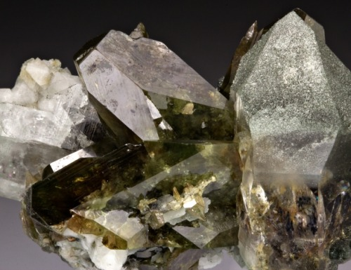Titanite with Quartz & Chlorite from Pakistan by Dan Weinrich