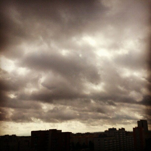 #sky #cloud #clouds #landscape #mywindow #spb #russia Небо - ад! (Taken with Instagram)