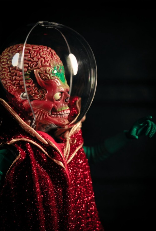 exitnetwork:  Alien from Tim Burton's 1996 film 'Mars Attacks!'