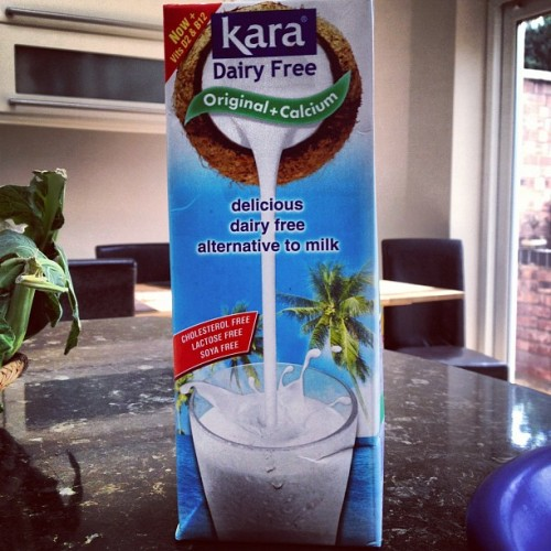 @vitacocouk and @belight1 has got me on this #coconut #water #milk #breakfast #uk #sunny #healthy #green #fresh #nutrition (Taken with Instagram)