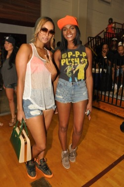 styleblazer:  Keri Hilson & Tika Sumpter @ LudaDay Weekend charity basketball game last weekend