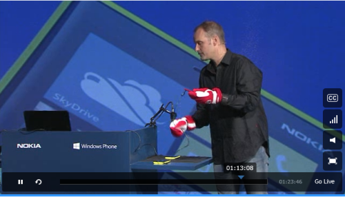 Lumia touch screen super sensitivty! He is using gloved hands on the touchscreen! This is incredible! No more hands only sensing, you can use your phone with mittens on! AWESOME!!!