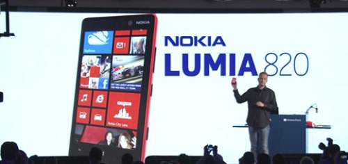 (via Nokia Lumia 820 Unveiled at New York Launch Event)
