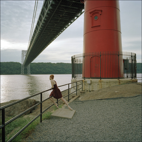 ballerinaproject:  Abigail - George Washington Bridge Become a fan of the Ballerina Project on Facebook. Follow the Ballerina Project on Pinterest