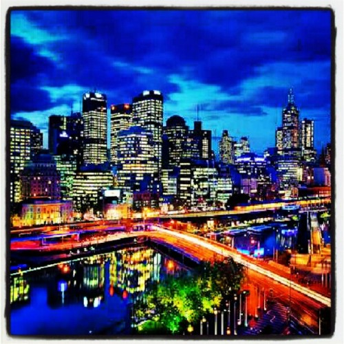 One the #worlds #most #beautiful #cities #wow #amazing #colors #colorful #lights #buildings #sky #clouds #river #awesome #purp #eyecandy #yum #lol #like #follow #love (Taken with Instagram)