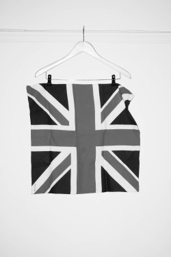 GREAT BRITAIN BANDANNA  Photo by DarkDaysExit.tumblr // Twitter