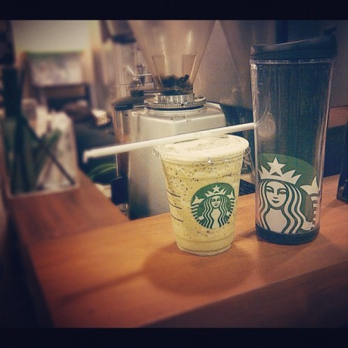 Green Tea Cream Chip Frappuccino made by me 😁 #sweet #barista #frappuccino #cream #greentea #starbucks #instagram #instaphoto #instago #instagood #instadaily #photooftheday #like #Follow #iphonesia #indonesia  (Taken with Instagram)