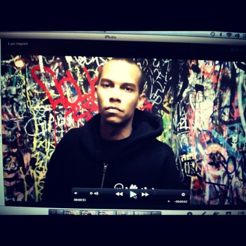 Editing #artabovereality.. #film #photooftheday #art #artistic #graffiti #brand #cool #california #dope #expression #entrepreneurs #fresh #inspiring #global #gear #artistic #picoftheday  (Taken with Instagram)